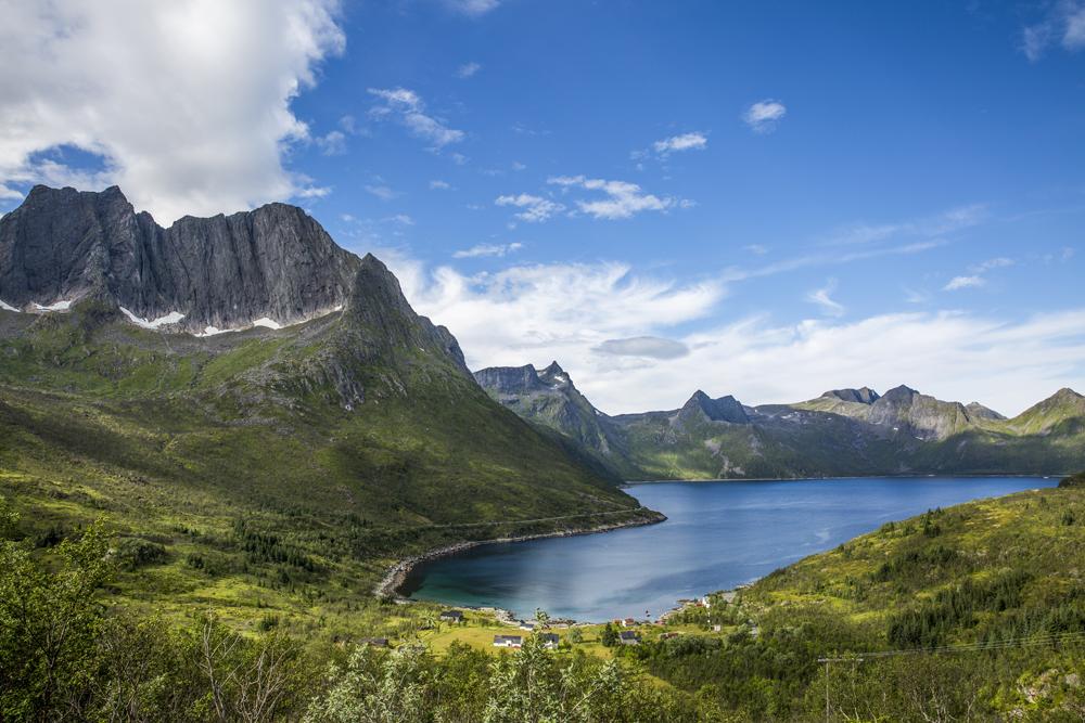 En av många vackra vyer på ön Senja i Norra Norge