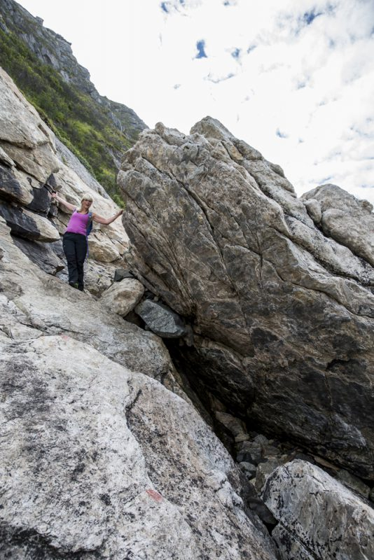 Första biten går längs bergväggen och är lite trixig