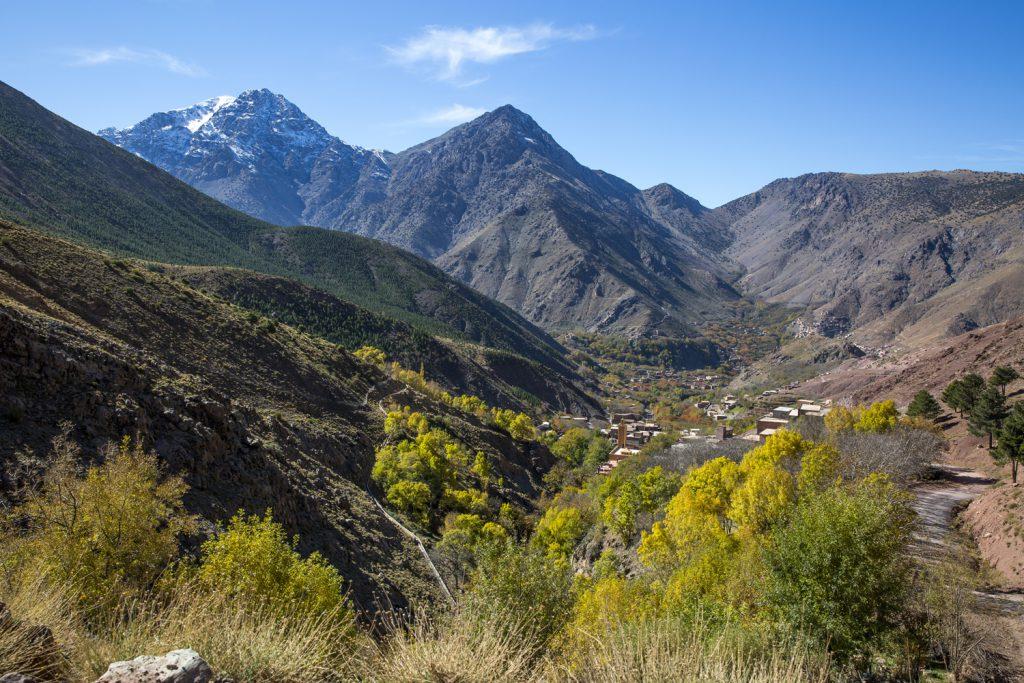 Vandringen upp i Atlasbergen, hela tiden med en bedårande utsikt över Imlildalen