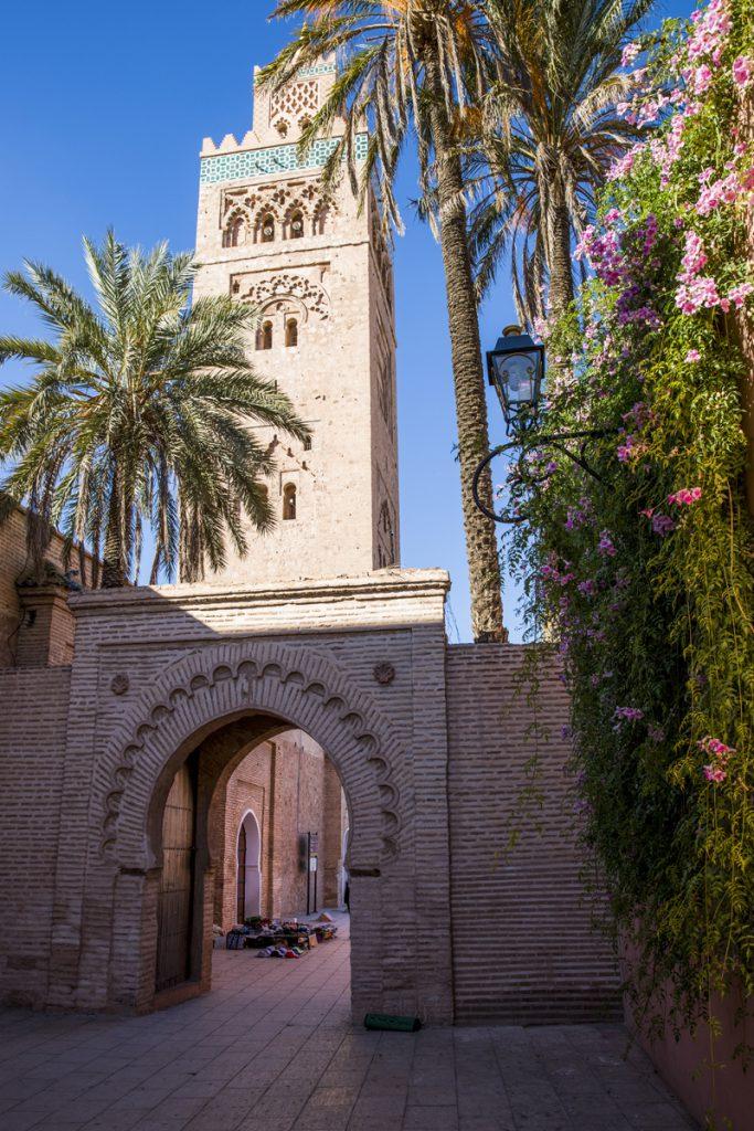 Koutoubia Moskén med sin 77 meter höga minaret är den största i Marrakech