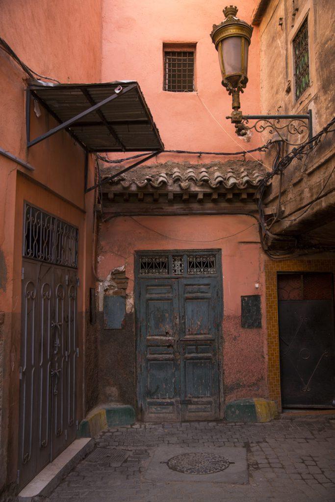 En och annan mindre vacker port finns det också i Marrakech