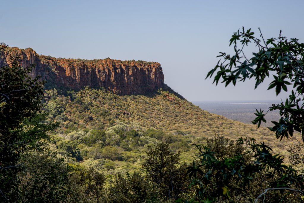 Waterbergplatån med häftig utsikt över det i övrigt platta landskapet