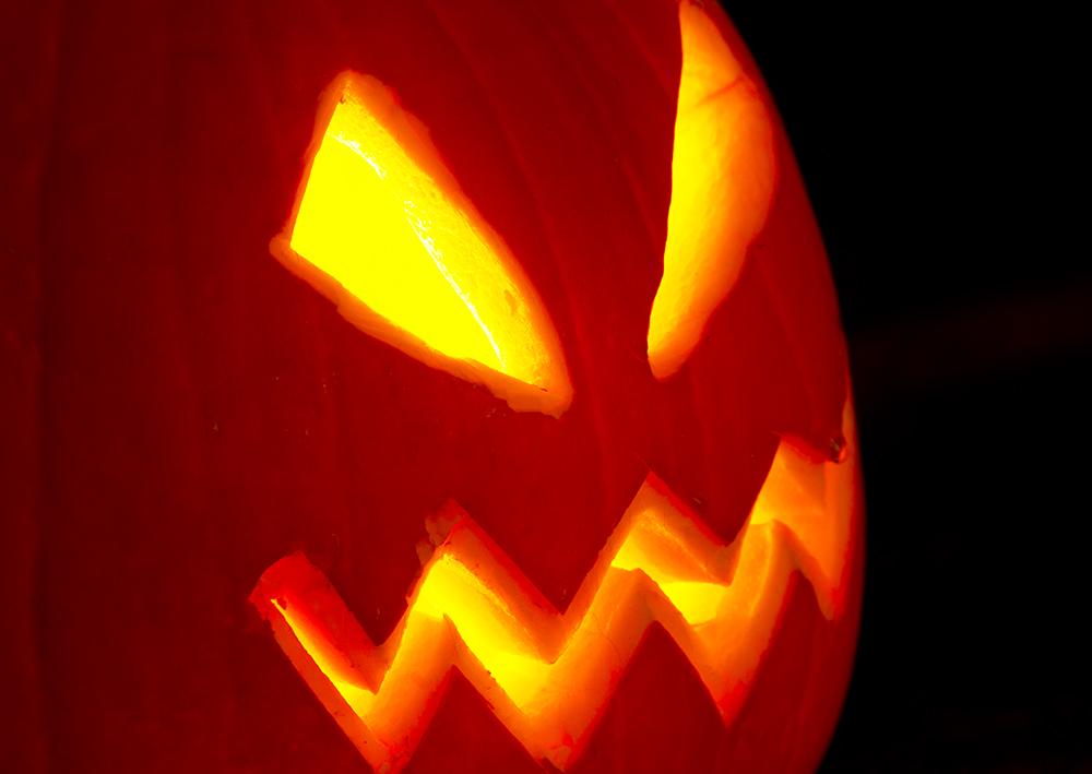 Ett alldeles lysande Halloween konstverk
