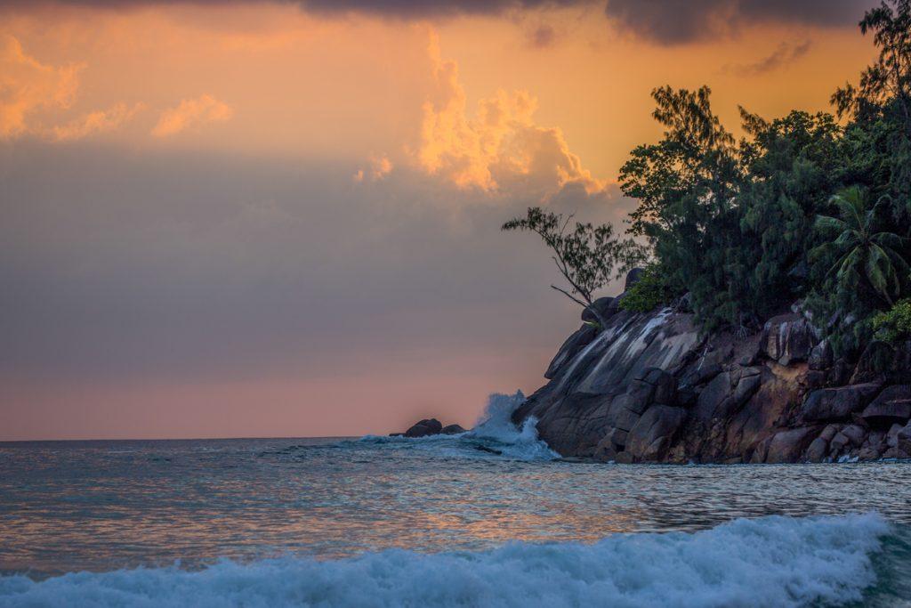 Sista kvällen på Seychellerna bjuder på spektakulär himmel