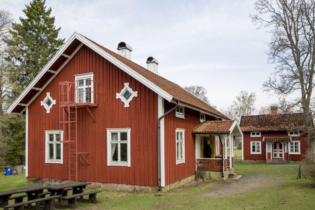Man kan boka och bo i Södra Svänö mitt i Nationalparken.