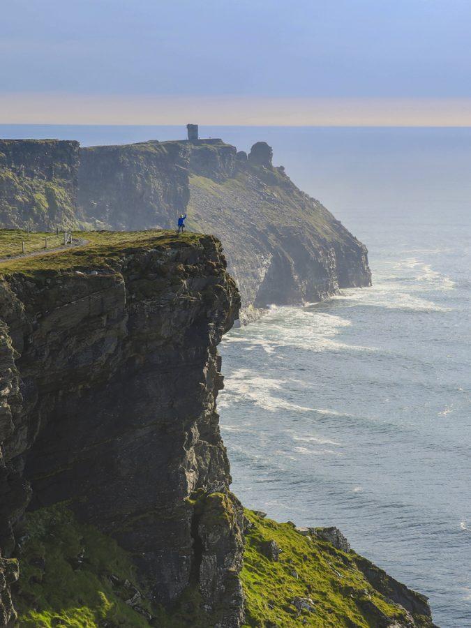 Cliffs of Moher med Hags Head längst bort. Ser ni Ylva vinka?