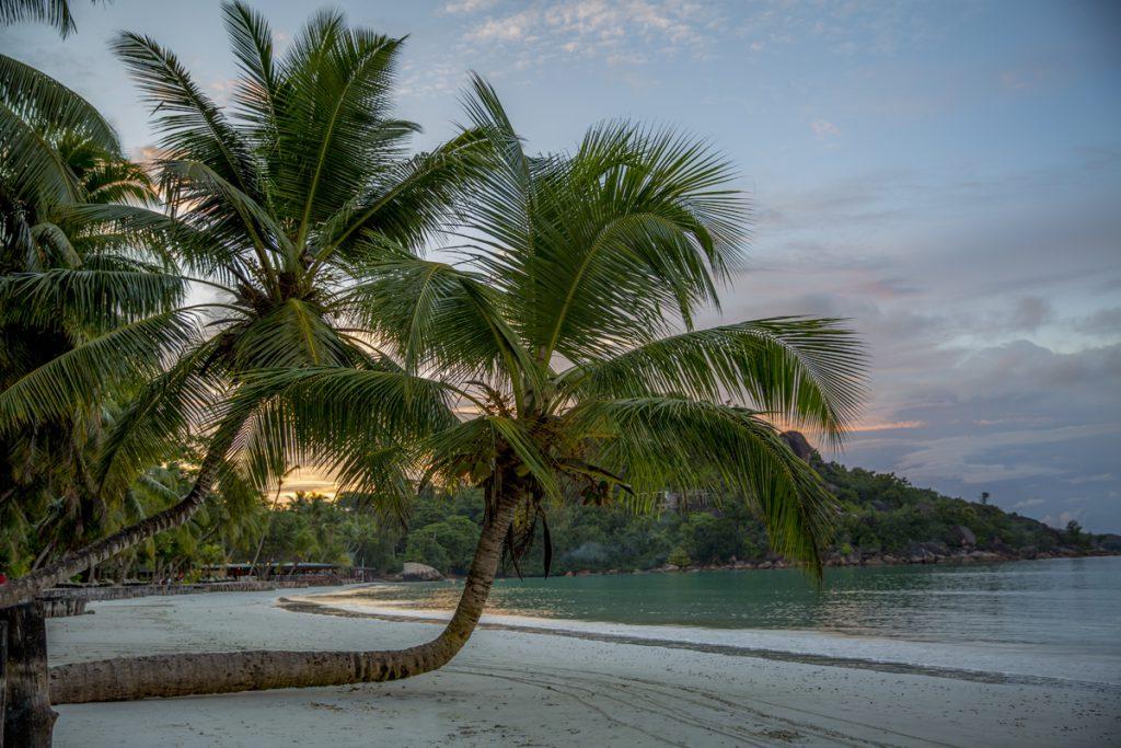 Anse Volbert, den norra delen av stranden där byn ligger