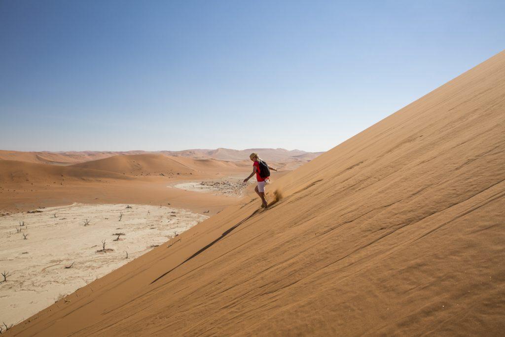 Har du provat att springa nerför ett berg av sand? Vi rekommenderar det starkt!