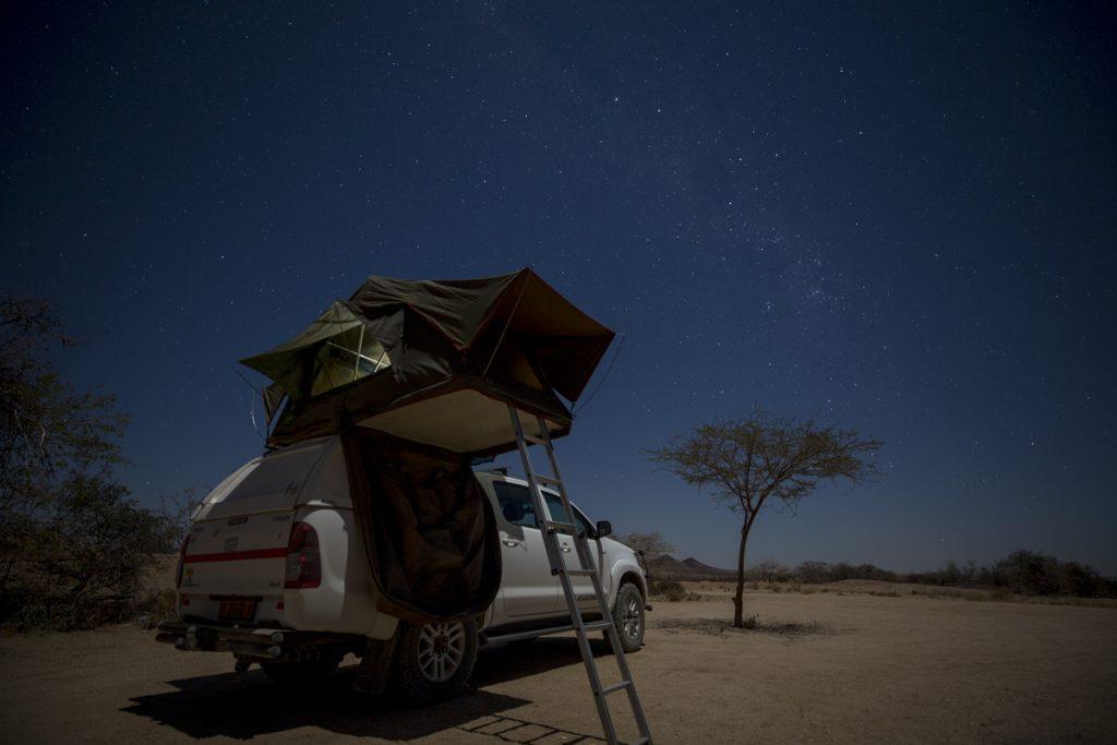 Namibia är ett perfekt land att skåda stjärnor i. Få ställen på jorden har så klar himmel som detta land.