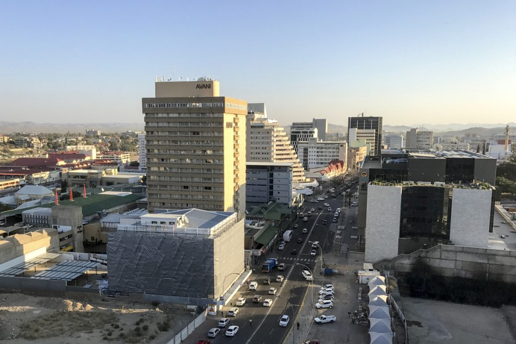 Vy över Windhoek från vårt hotell