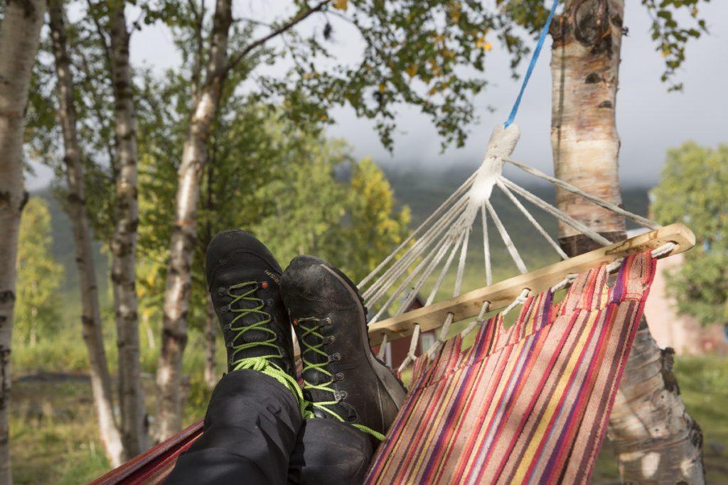 Välbehövlig vila efter över 2 mils vandring