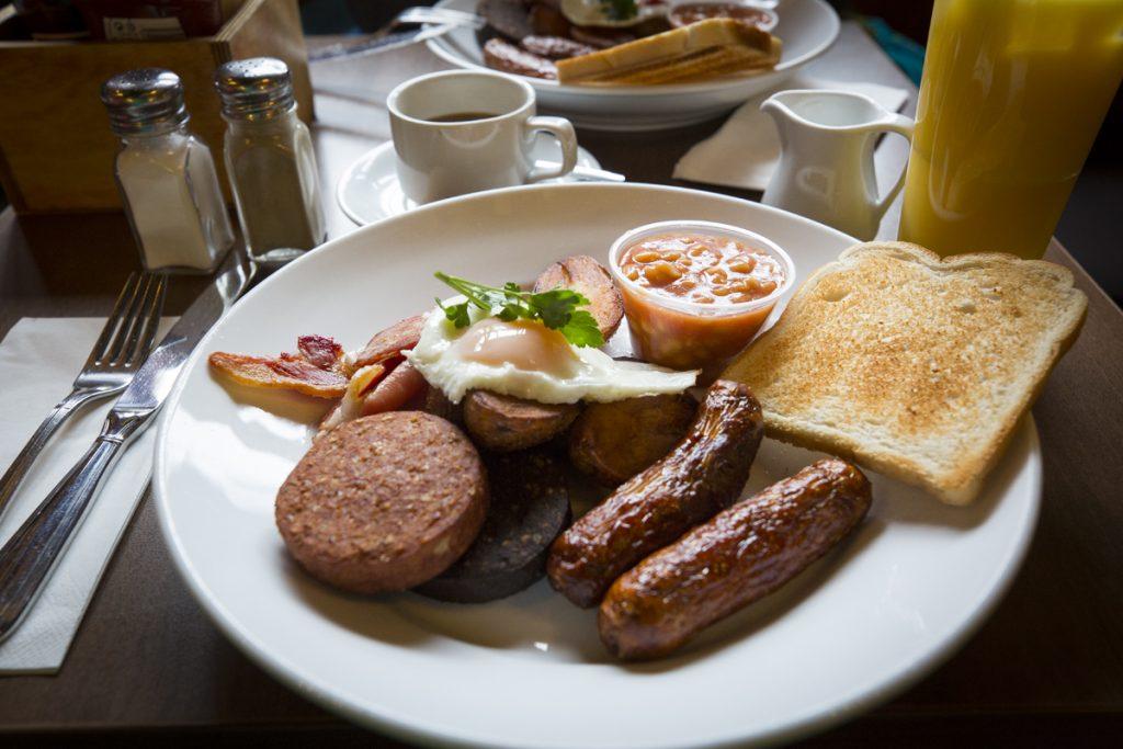 En full Irish breakfast är ett måste när man besöker denna ö