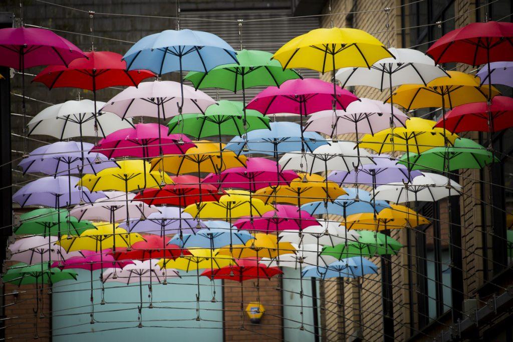 Det regnade visserligen en del men detta är kanske lite överdrivet. Lite kul gatukonst!