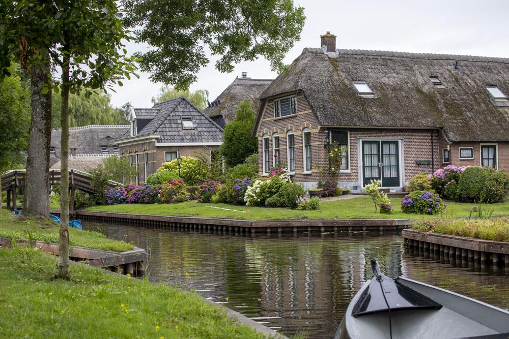 Giethoorn, kanter och villor i Holland