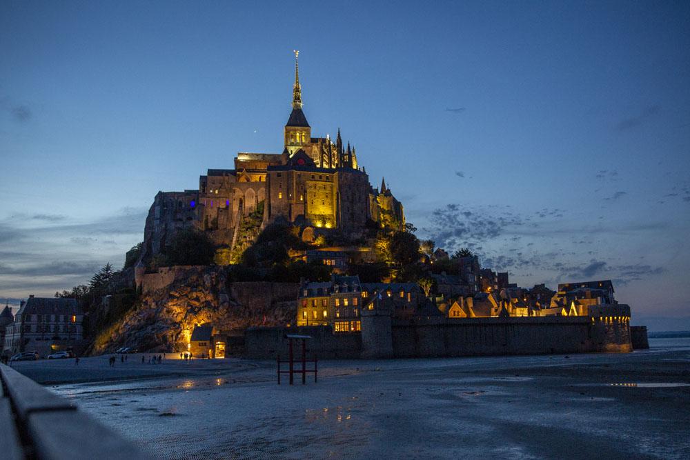 Mont saint-Michel i kvällsljus