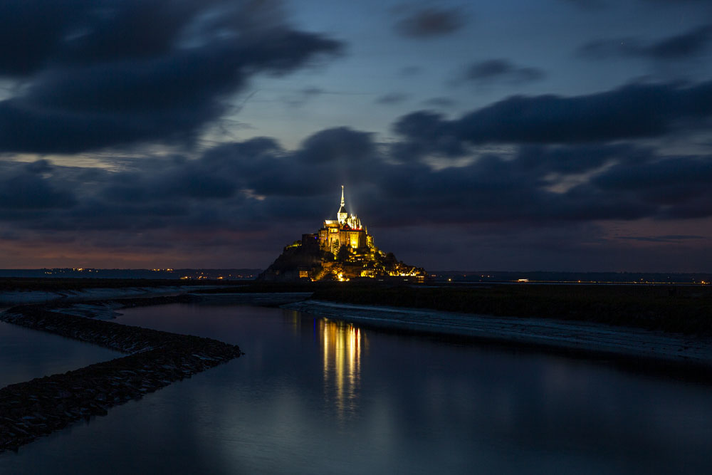 Long exposure shot Klostret i Mont Saint-Michel